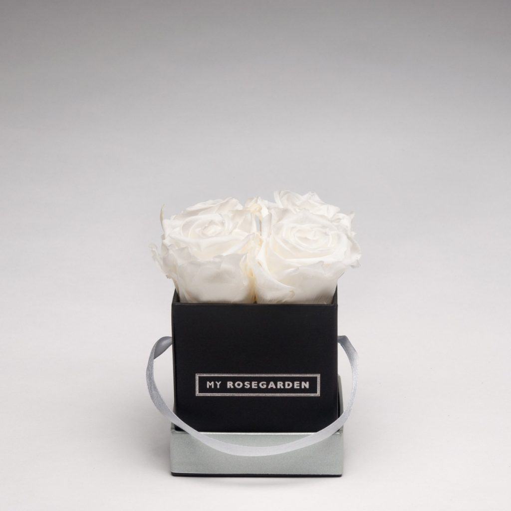 Rosenbox mit 4 Infinity-Rosen –  eckig, schwarz